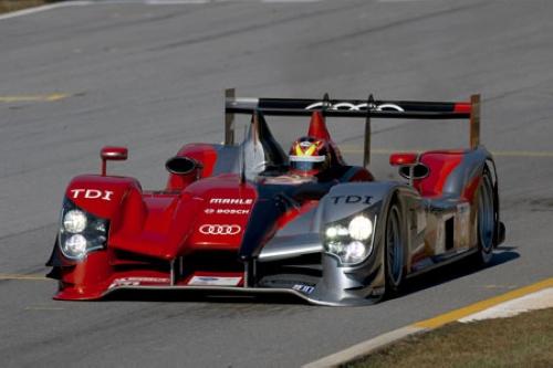 依靠奥迪卓越的空气动力学技术,r15 tdi赛车在2010年大获全胜