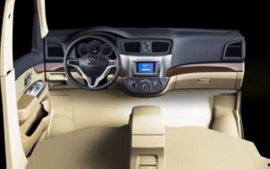 海马郑州福仕达荣达-轿车 SUV MPV全都有 海马郑州参展阵容高清图片