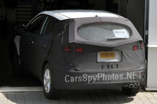 北京现代的新车投放速度来看,新圣达菲也将在第一时间内投产高清图片